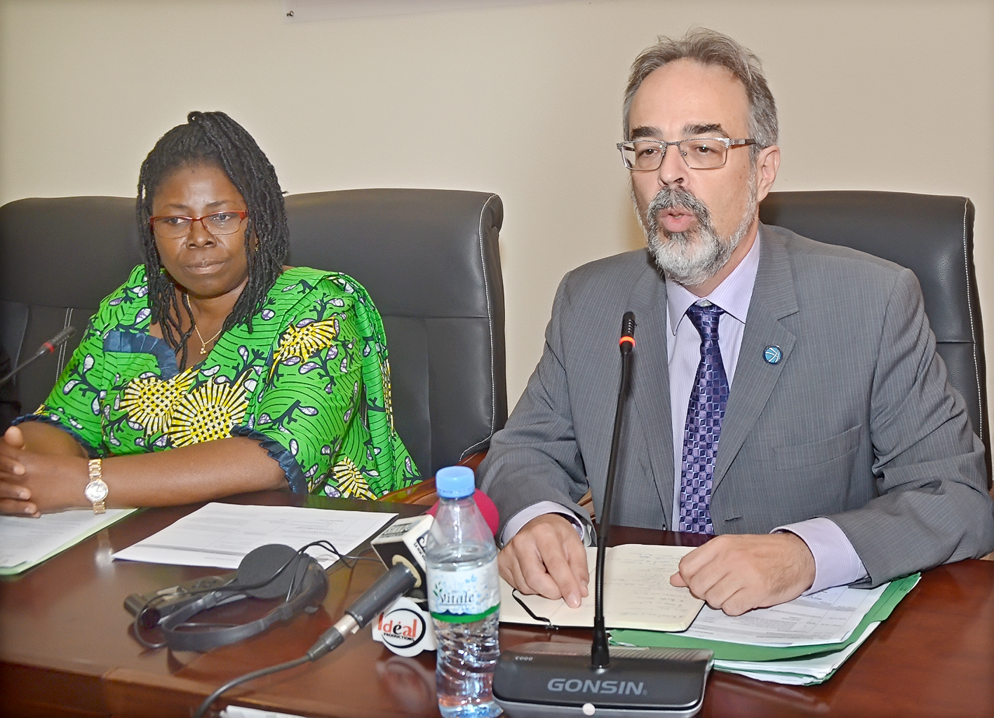 FCA Executive Director Francis Thompson speaks at Transparency Workshop in Lomé, Togo